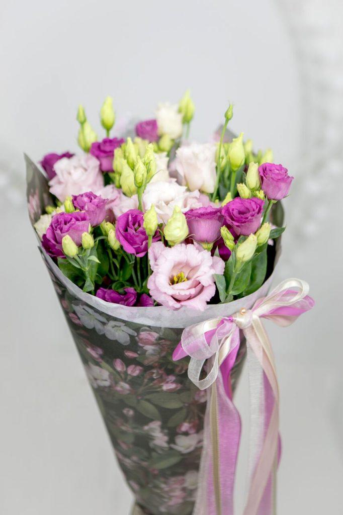 Lilled kulleriga emadepäeval - Kolmlille.ee