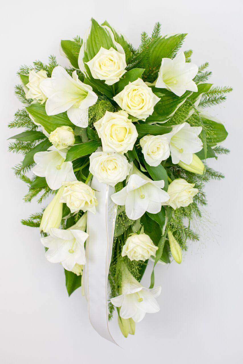 Leinakimp liiliate ja roosidega