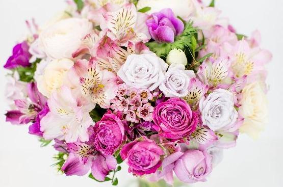 Sõbrapäeva lilled - Kolm Lille lillepood