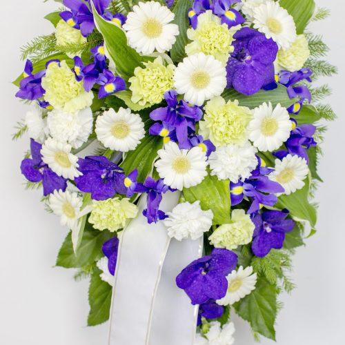 Leinakimp valgete ja siniste lilledega - Kolm Lille lillepood