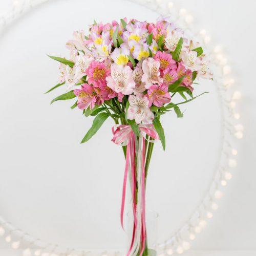 Heleroosa unistus - Kolm lille lillepood