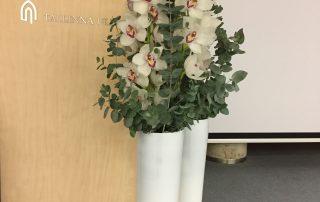 Ruumikaunistus, Tallinna Ülikooli Konverentsikeskuses - Kolm Lille lillepood