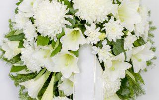 Matusepärg kuuseoksal - Kolm Lille lillepood