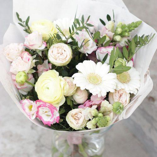 Pastelne kevadkimp - Kolm Lille lillepood